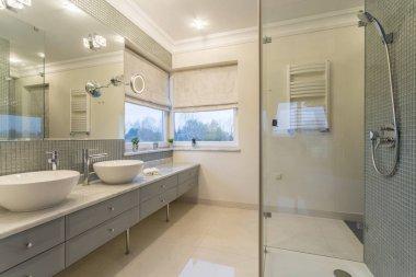 Spacious white bathroom