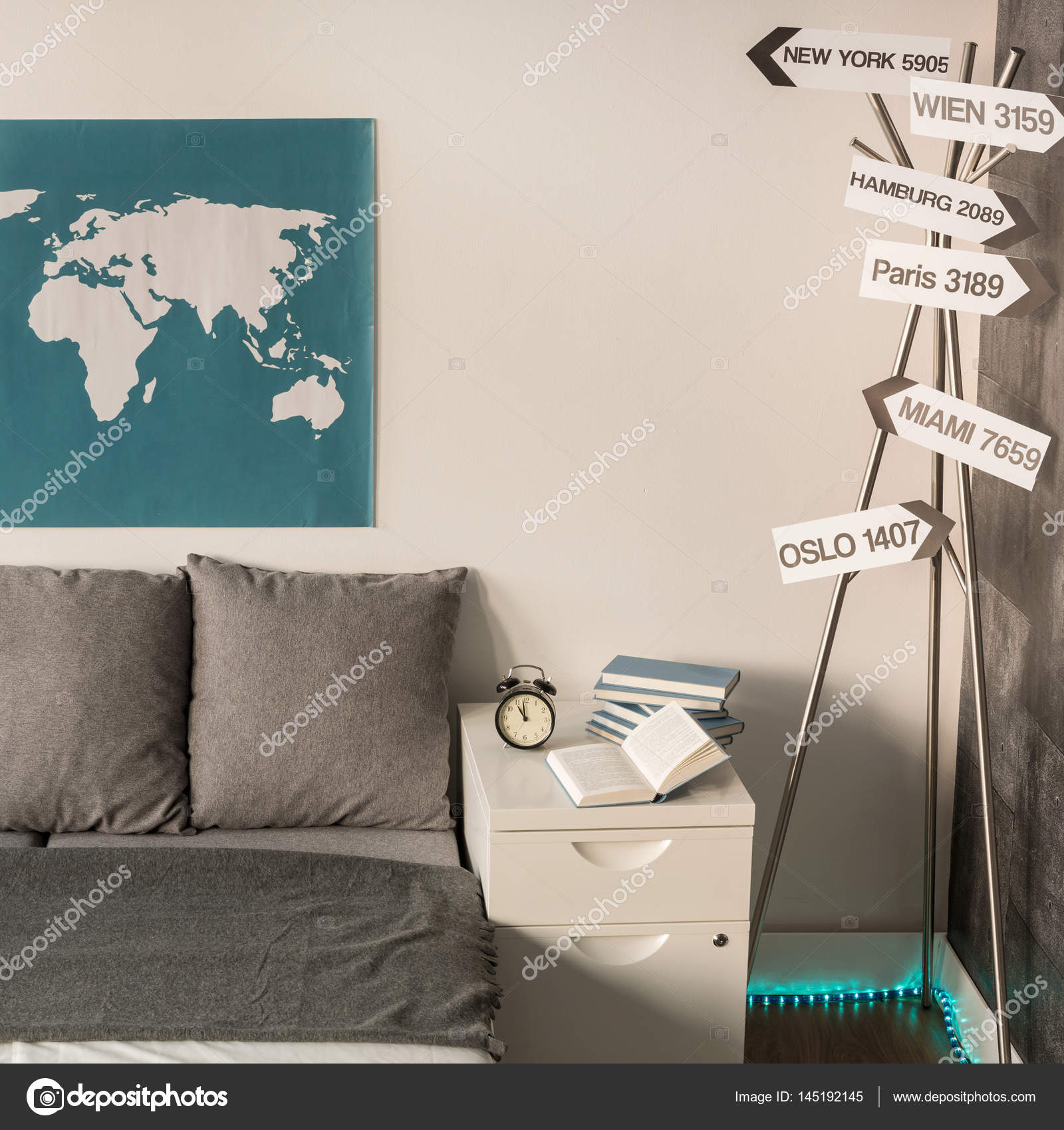 World Travel Themed Bedroom Travel Around The World In Own Home Stock Photo C Photographee Eu 145192145