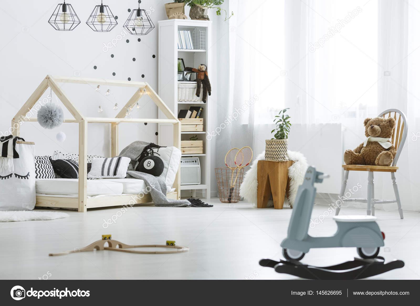 Leuke Boekenkastje Kinderkamer : Kinderkamer meubels