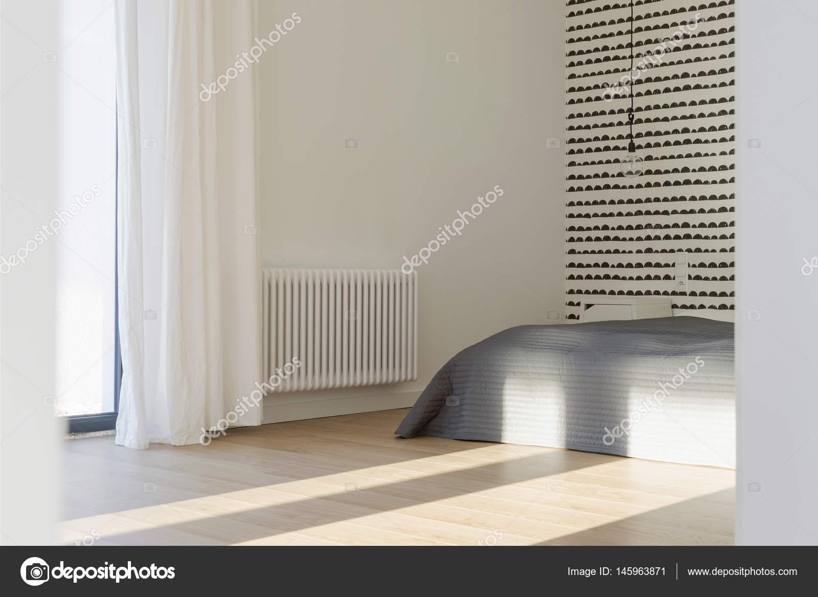 Chambre simple moderne — Photographie photographee.eu © #145963871
