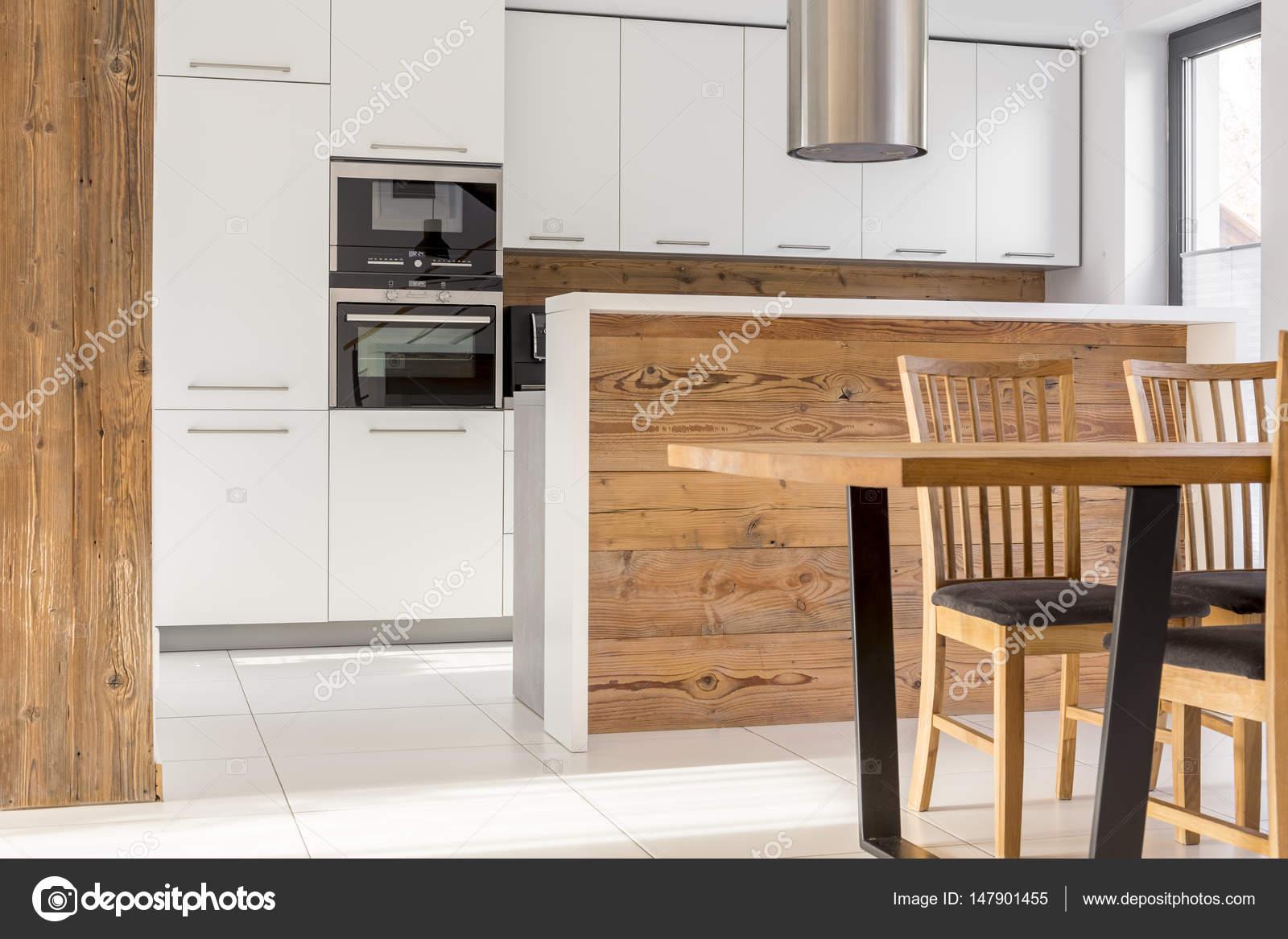 Nova Branca Cozinha Com Ilha Stock Photo Photographee Eu 147901455