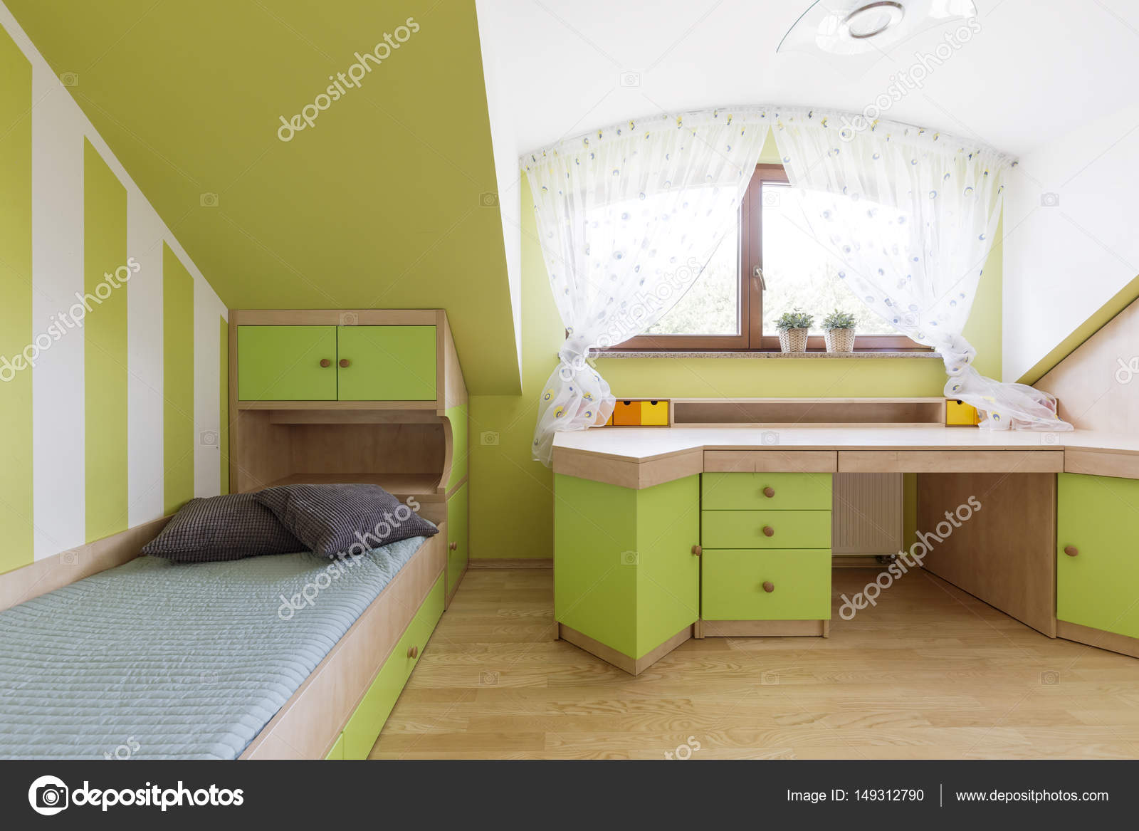 Unisex Kinderzimmer In Grün U2014 Stockfoto