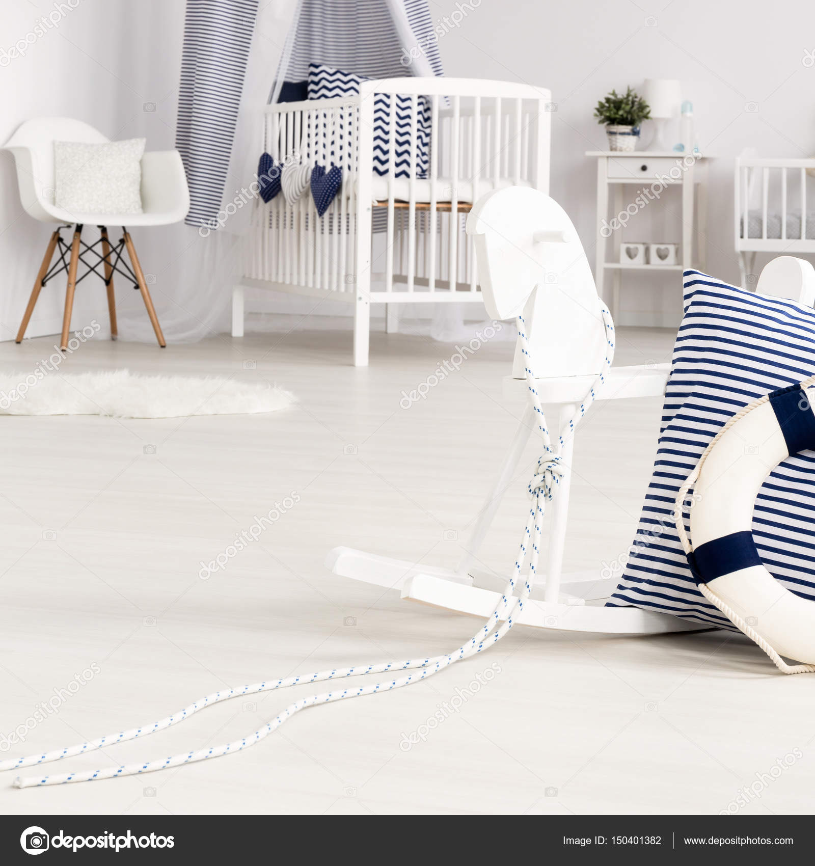 Minimalistische Babyzimmer Mit Marine Akzenten U2014 Stockfoto