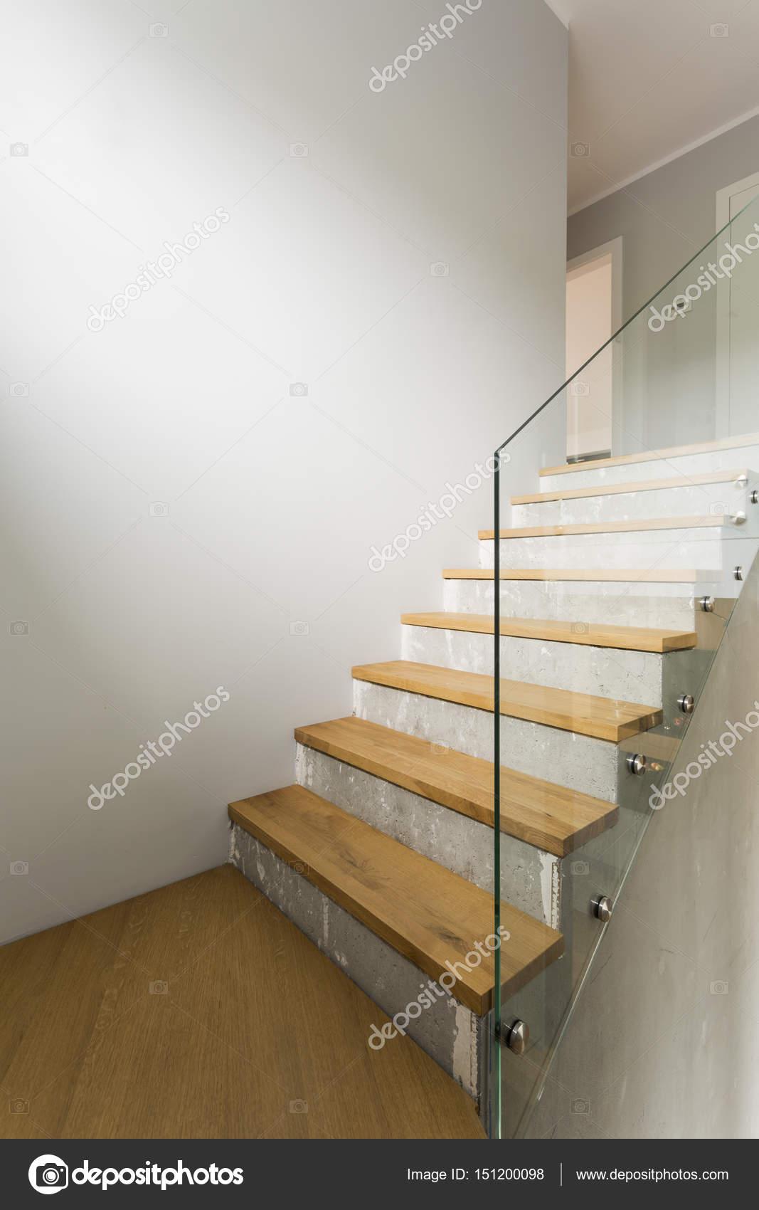 Escaleras de hormig n en interior minimalista foto de stock 151200098 - Escaleras de hormigon ...