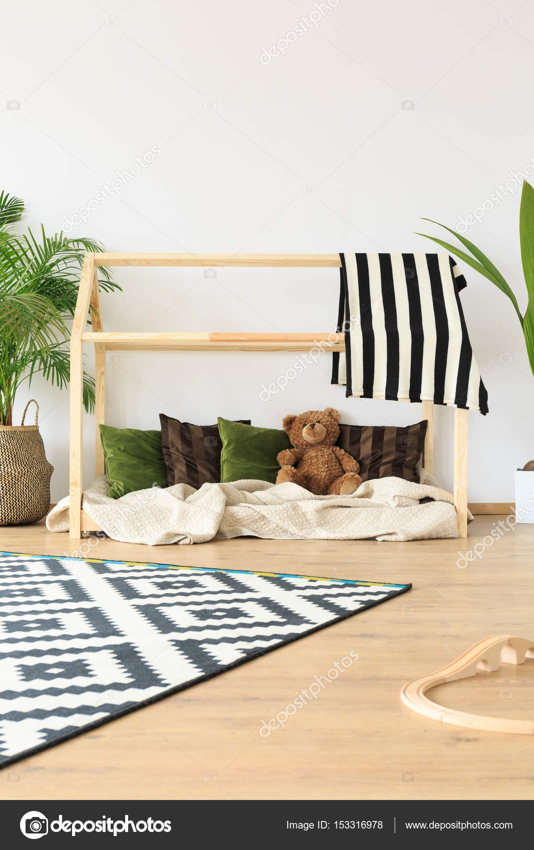 Habitaciones De Ensueno Infantil Minimalista Foto De Stock - Habitaciones-de-ensueo