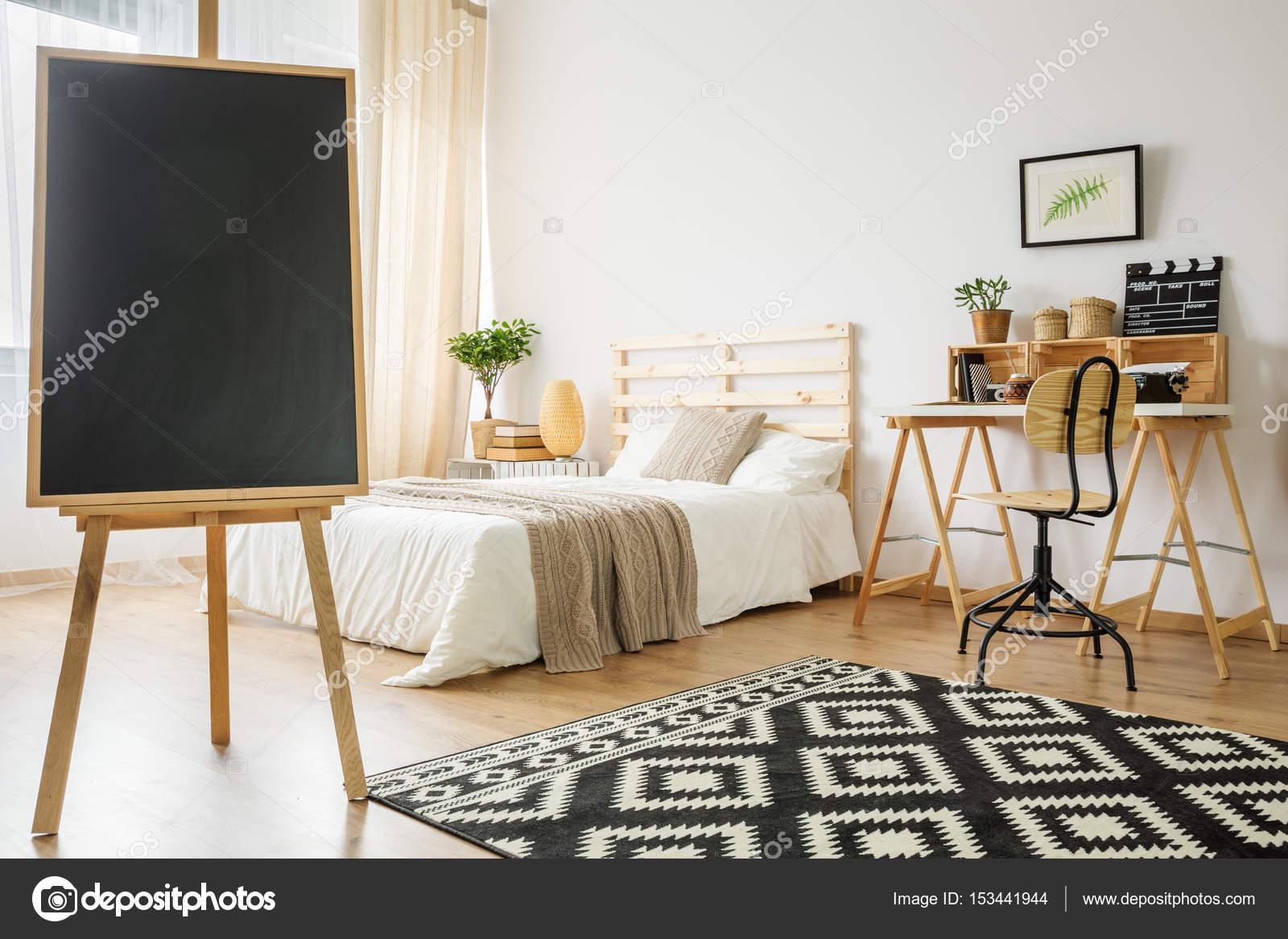 Tableau noir dans la chambre — Photographie photographee.eu © #153441944