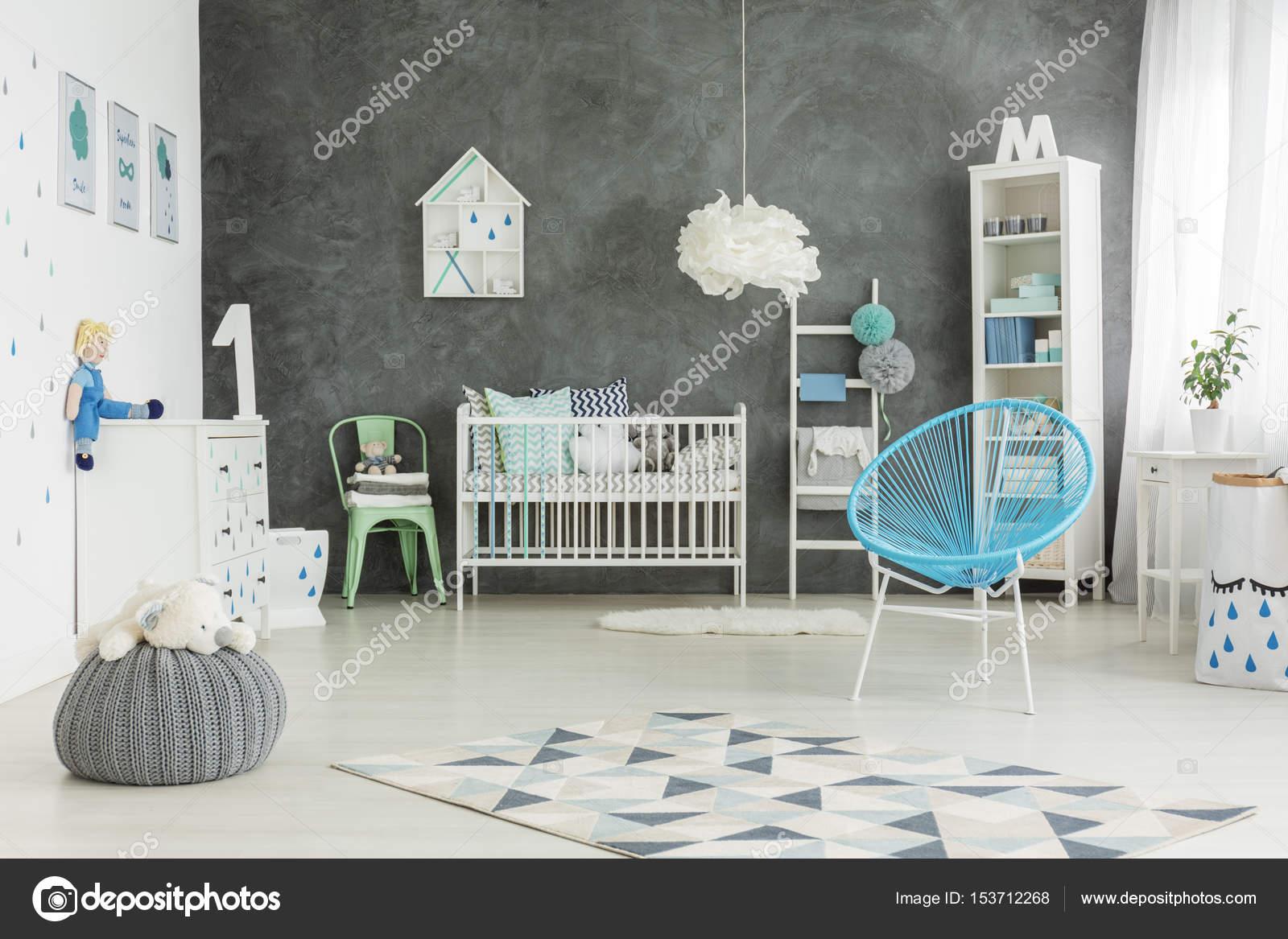 Mooi ingerichte baby jongens kamer u stockfoto photographee eu