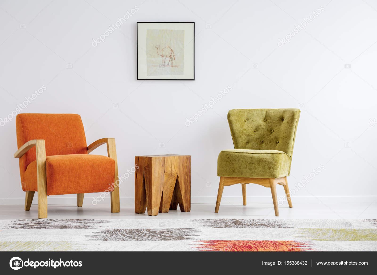 Minimalistische retro stilisierung u stockfoto photographee