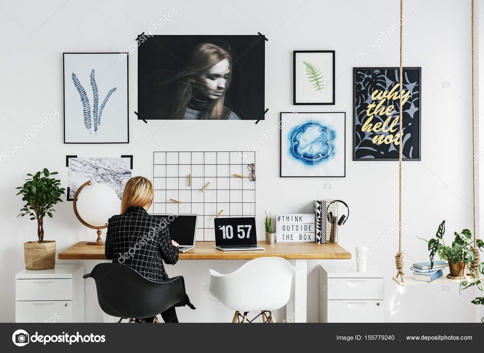 Woman Working At A Desk In Modern Scandi Home Office U2014 Photo By  Photographee.eu