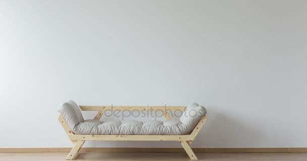 Kola vedle na pohovce