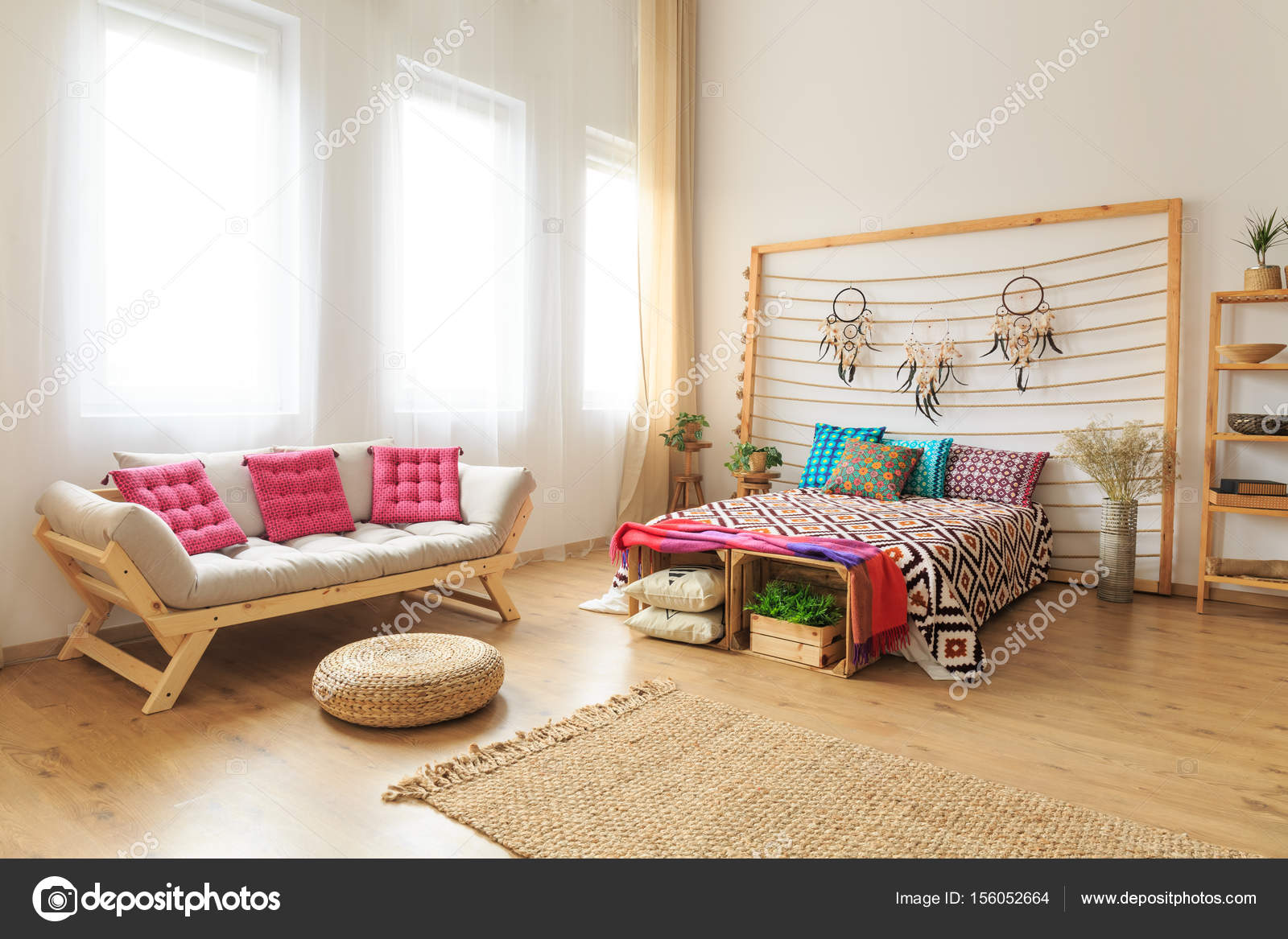 Foto von Bett und couch — Stockfoto © photographee.eu #156052664