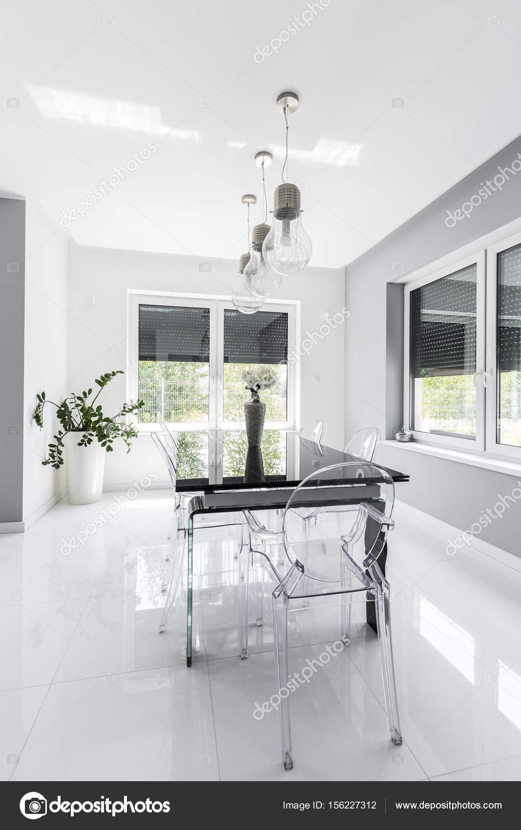 Comedor moderno minimalista diseñado en blanco — Fotos de Stock ...