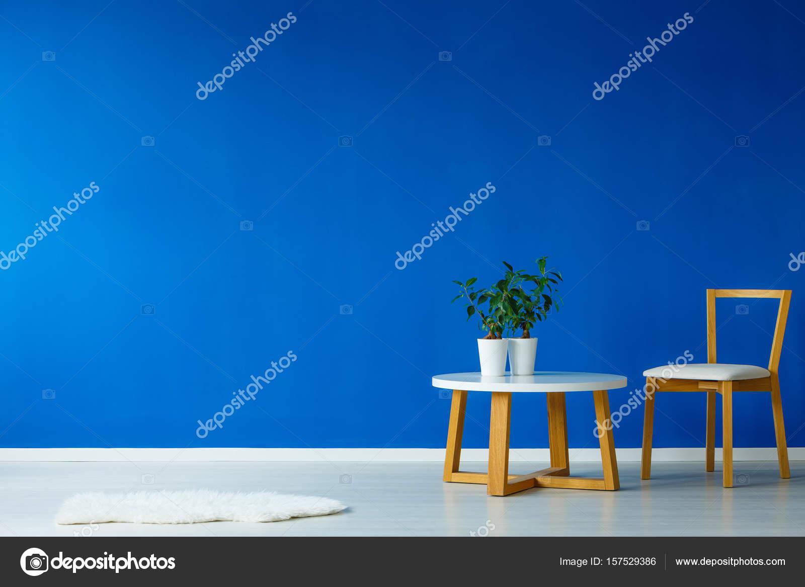 Design Kleine Tafeltjes.Tafeltje Met Planten Stockfoto C Photographee Eu 157529386
