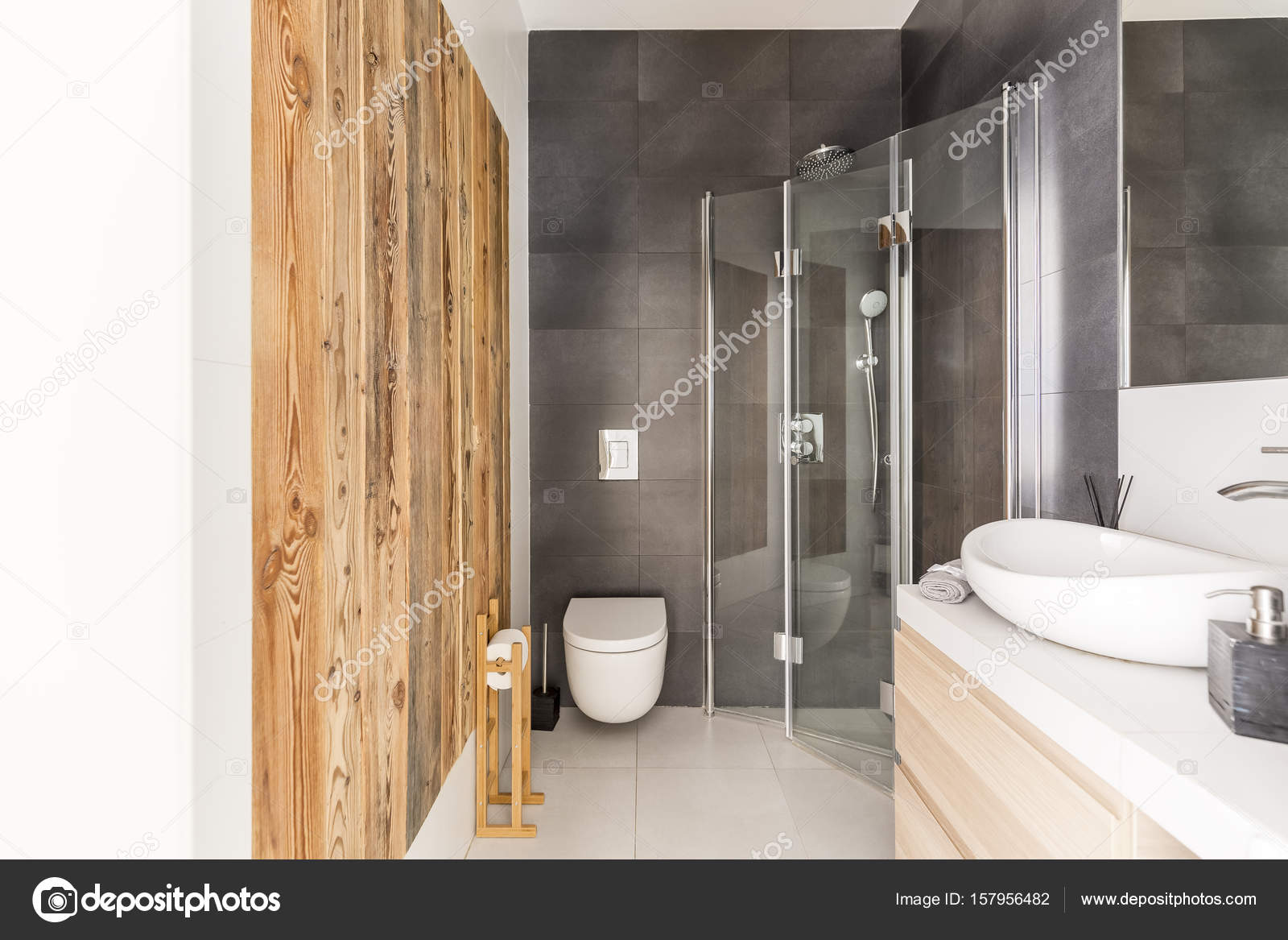 Badkamer design met ruw hout u2014 stockfoto © photographee.eu #157956482