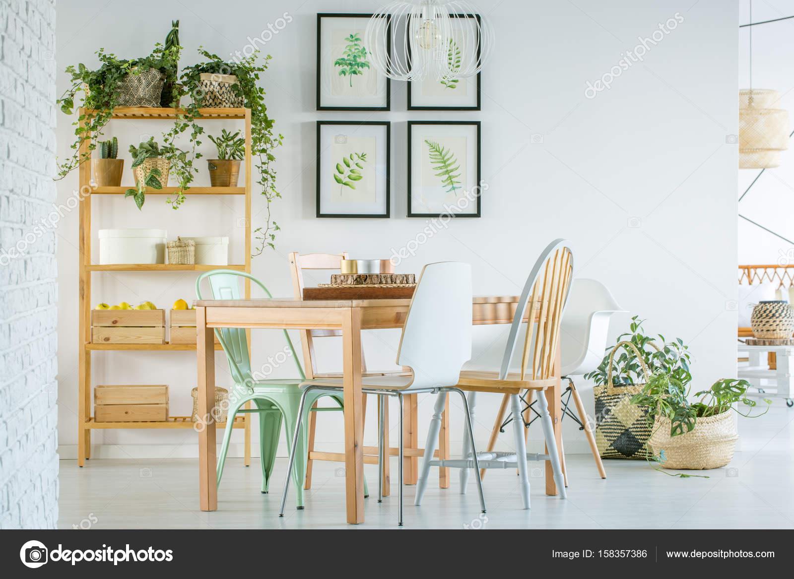 Gezellige eetkamer — Stockfoto © photographee.eu #158357386