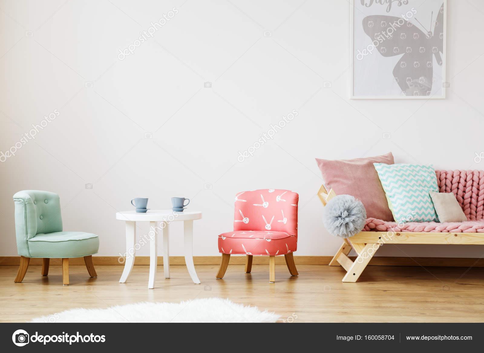 Tisch Und Stuhle Fur Kinder Stockfoto C Photographee Eu 160058704