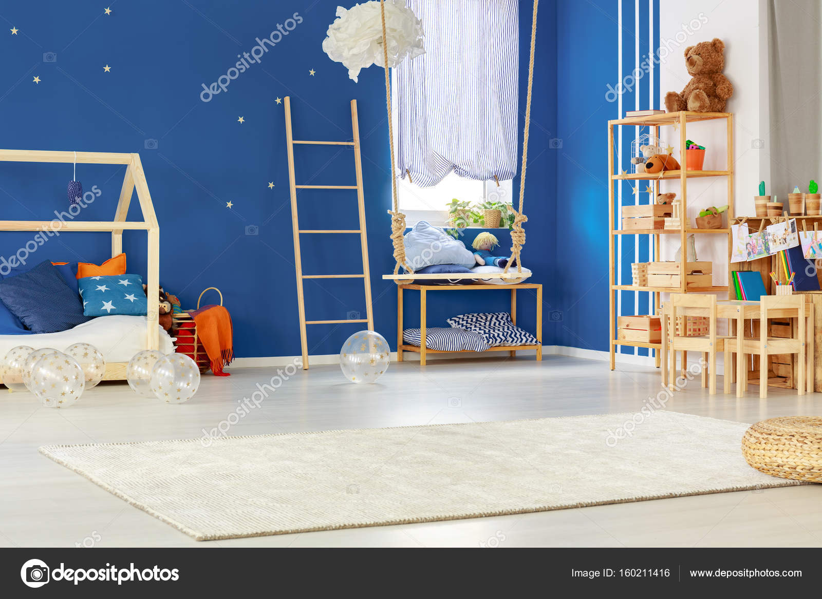 Schommel In Kinderkamer : Kinderkamer met schommel u2014 stockfoto © photographee.eu #160211416