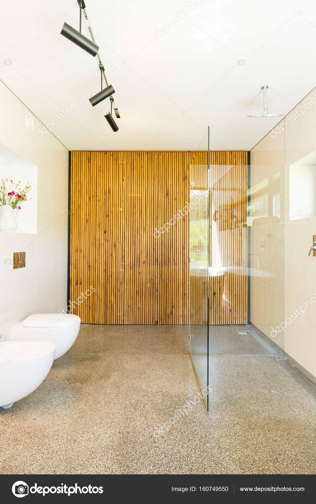 Decoración sencilla, cuarto de baño contemporáneo — Foto de stock ...