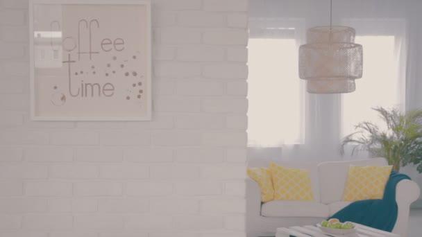 bílá obývací pokoj
