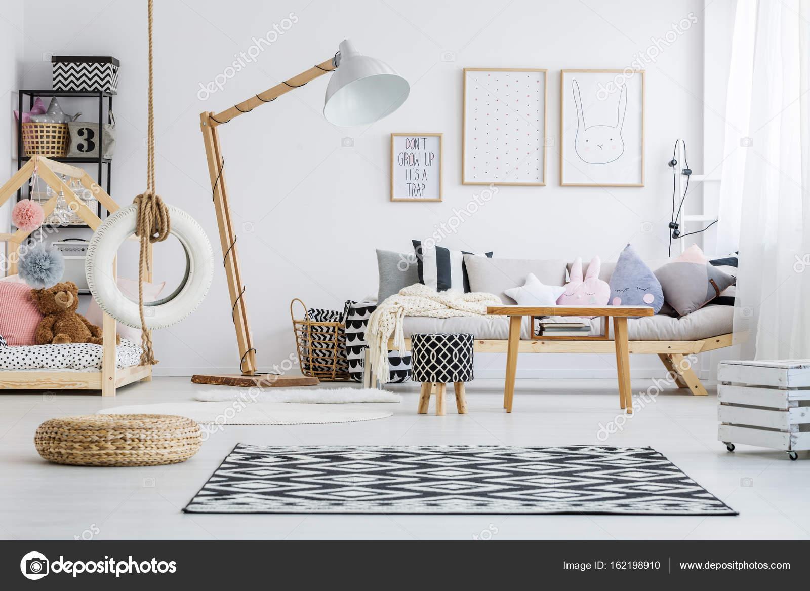 slaapkamer van kind stockfoto
