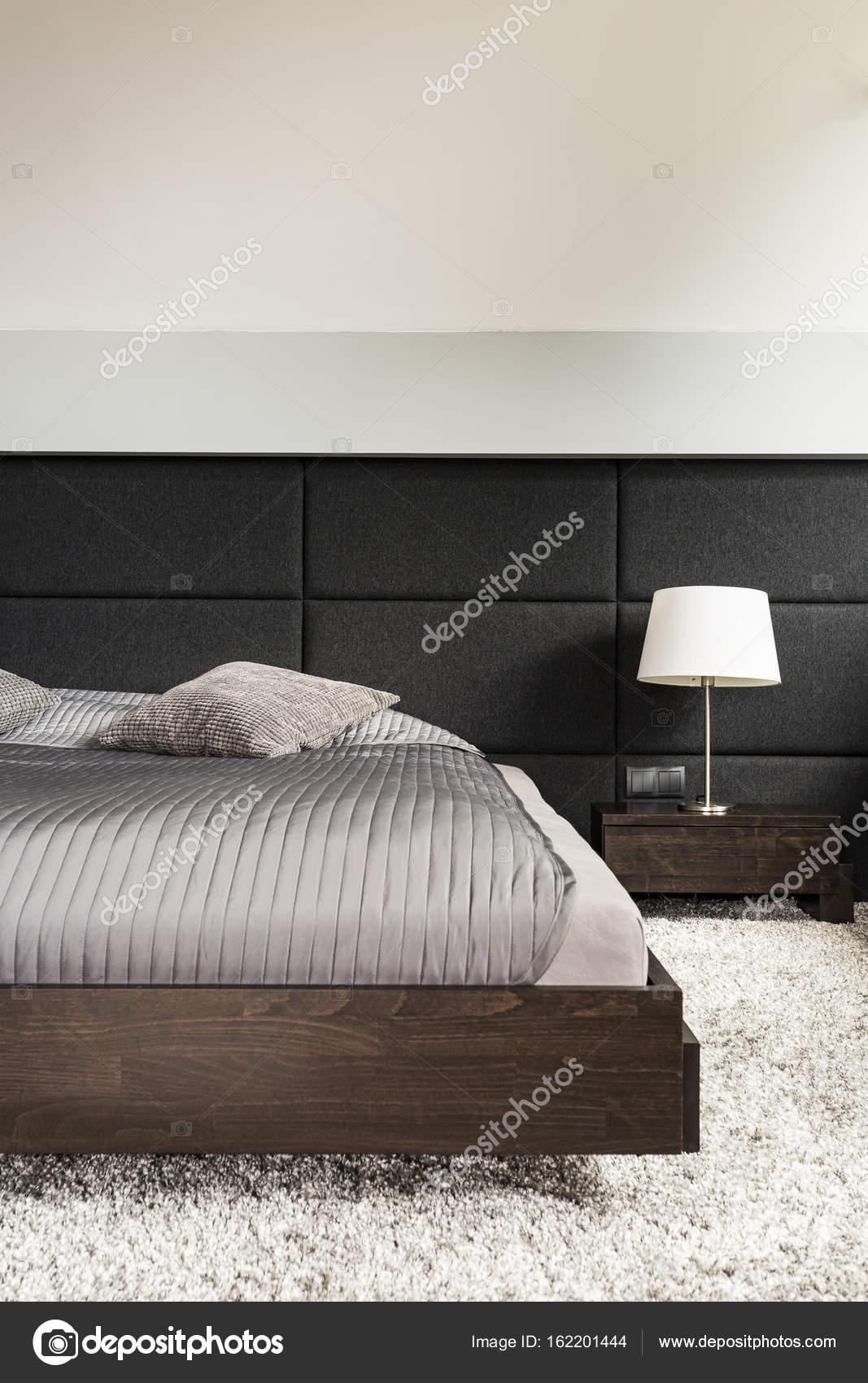 Przytulnej Sypialni Jasny Puszysty Dywan Zdjęcie Stockowe