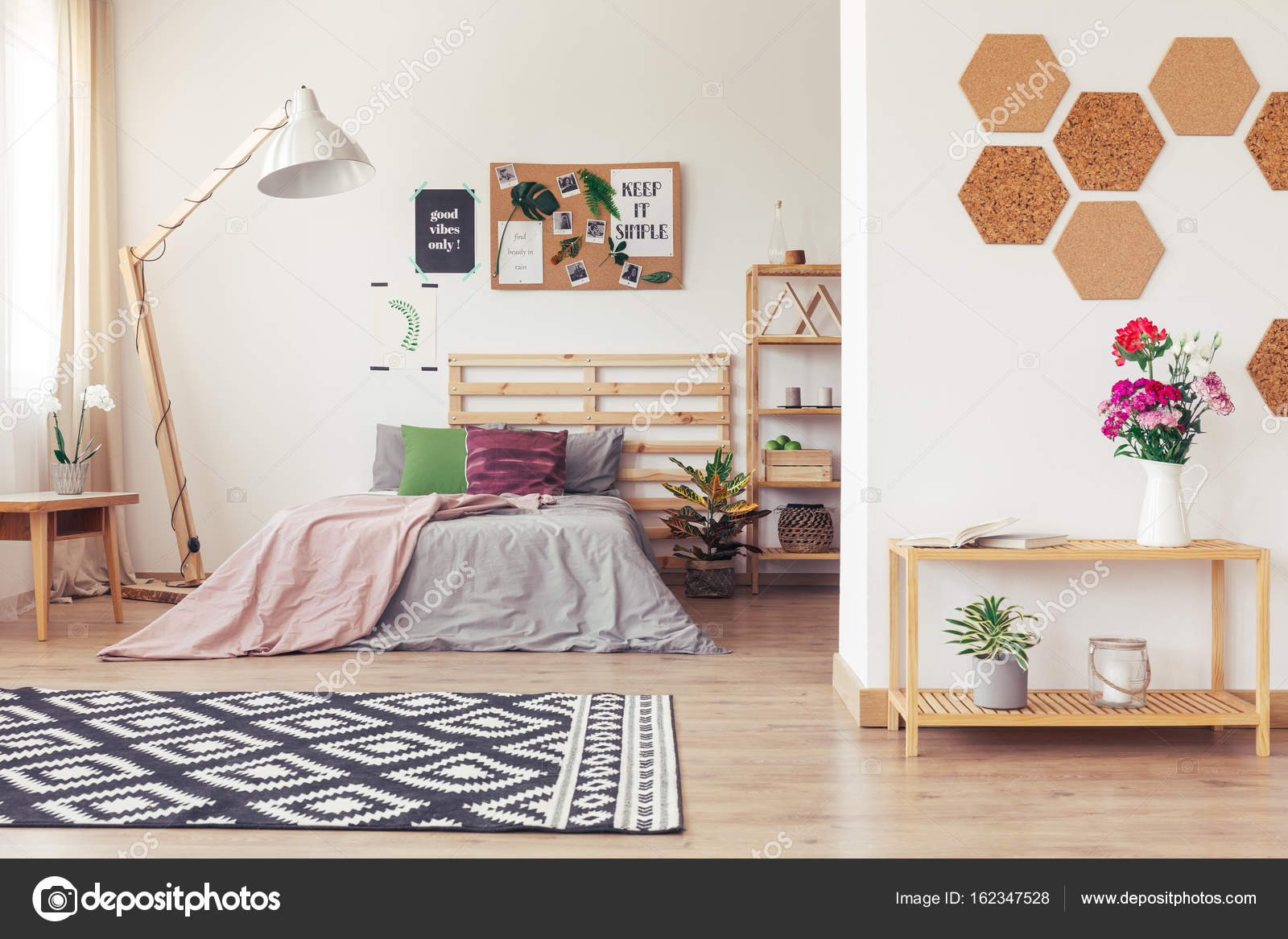 Apartment mit botanischen Innendesign — Stockfoto © photographee.eu ...
