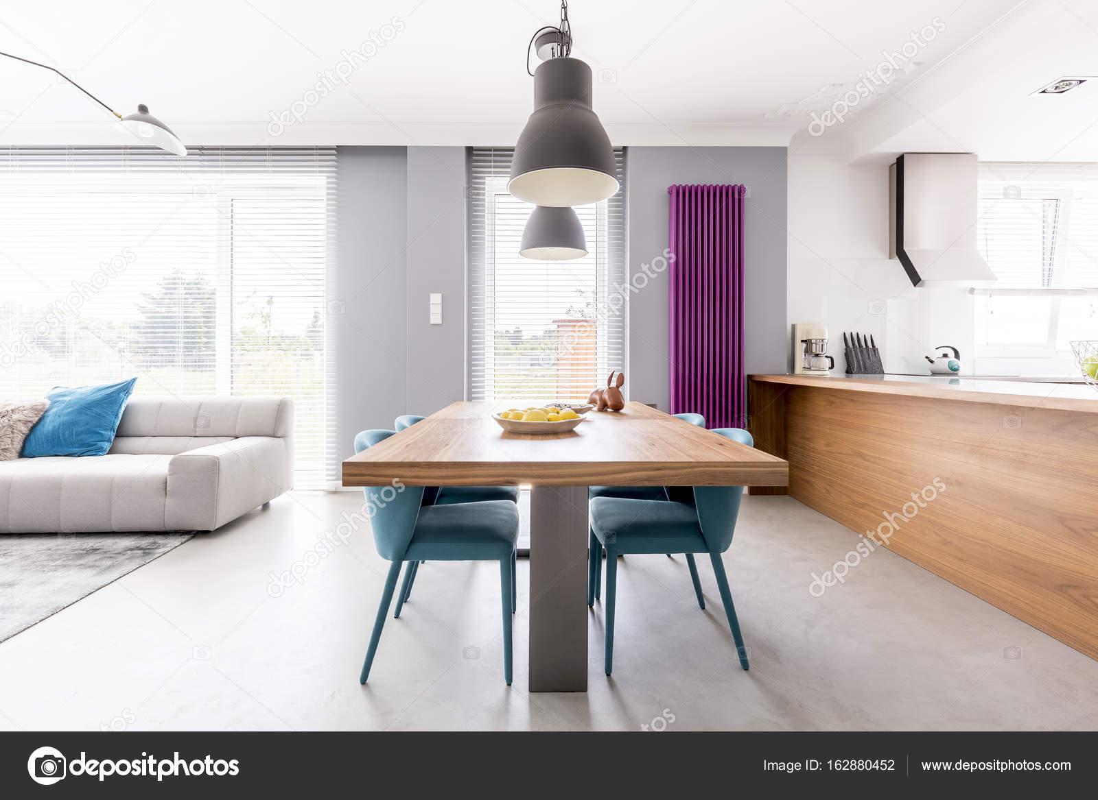 Open space soggiorno-spazio famiglia — Foto Stock © photographee.eu ...