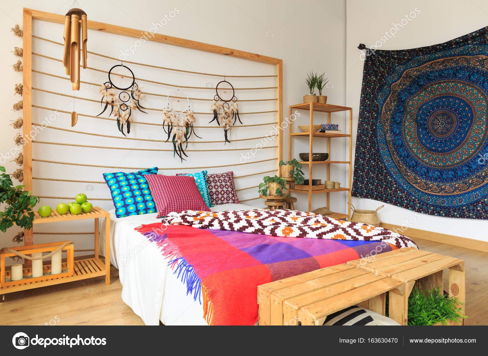 Schlafzimmer Bunt bunte schlafzimmer im ethno-stil — stockfoto © photographee.eu