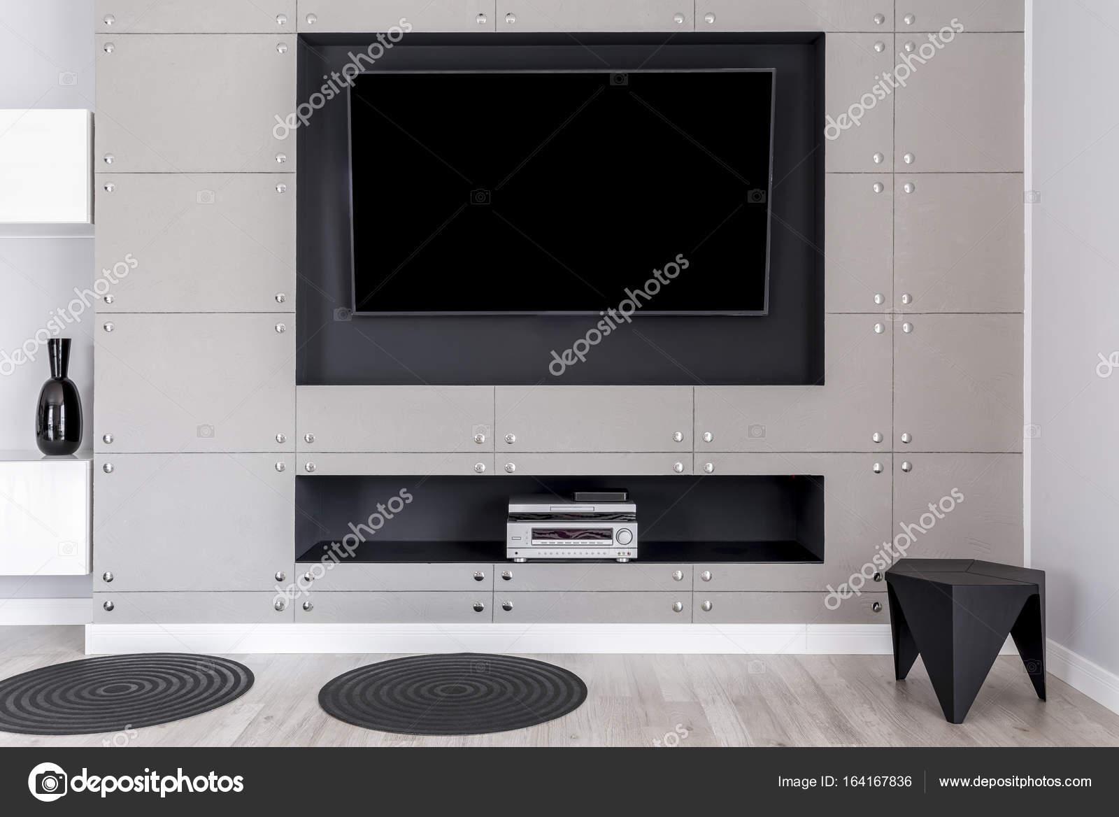 Tv op de muur u stockfoto photographee eu