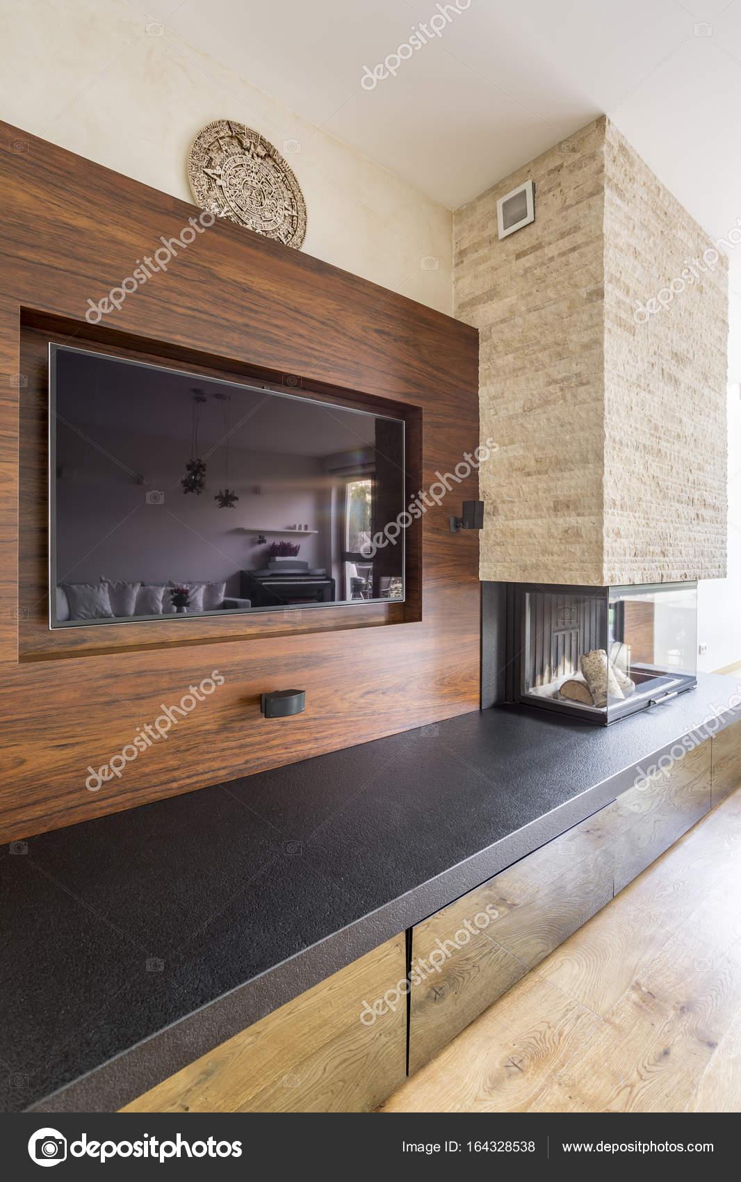 Fantastisch TV Und Kamin Im Eleganten Zimmer U2014 Stockfoto