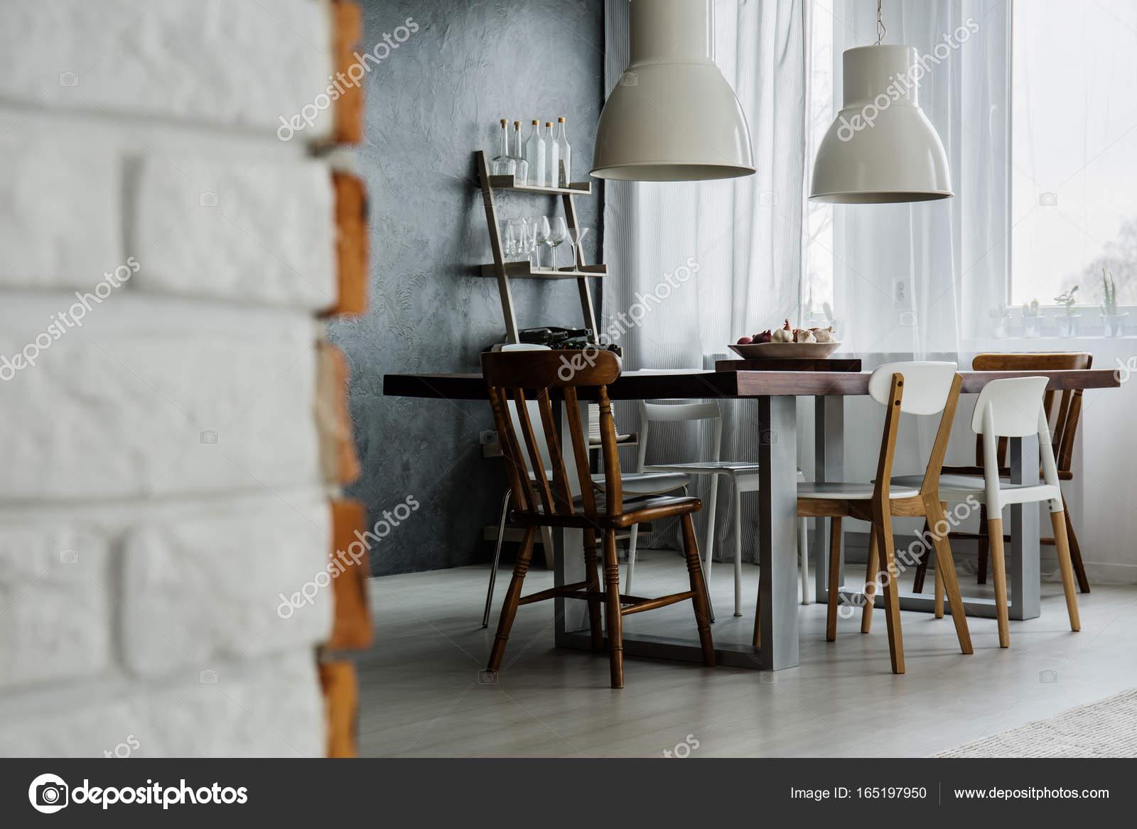 Sala da pranzo industrial chic design — Foto Stock © photographee.eu ...