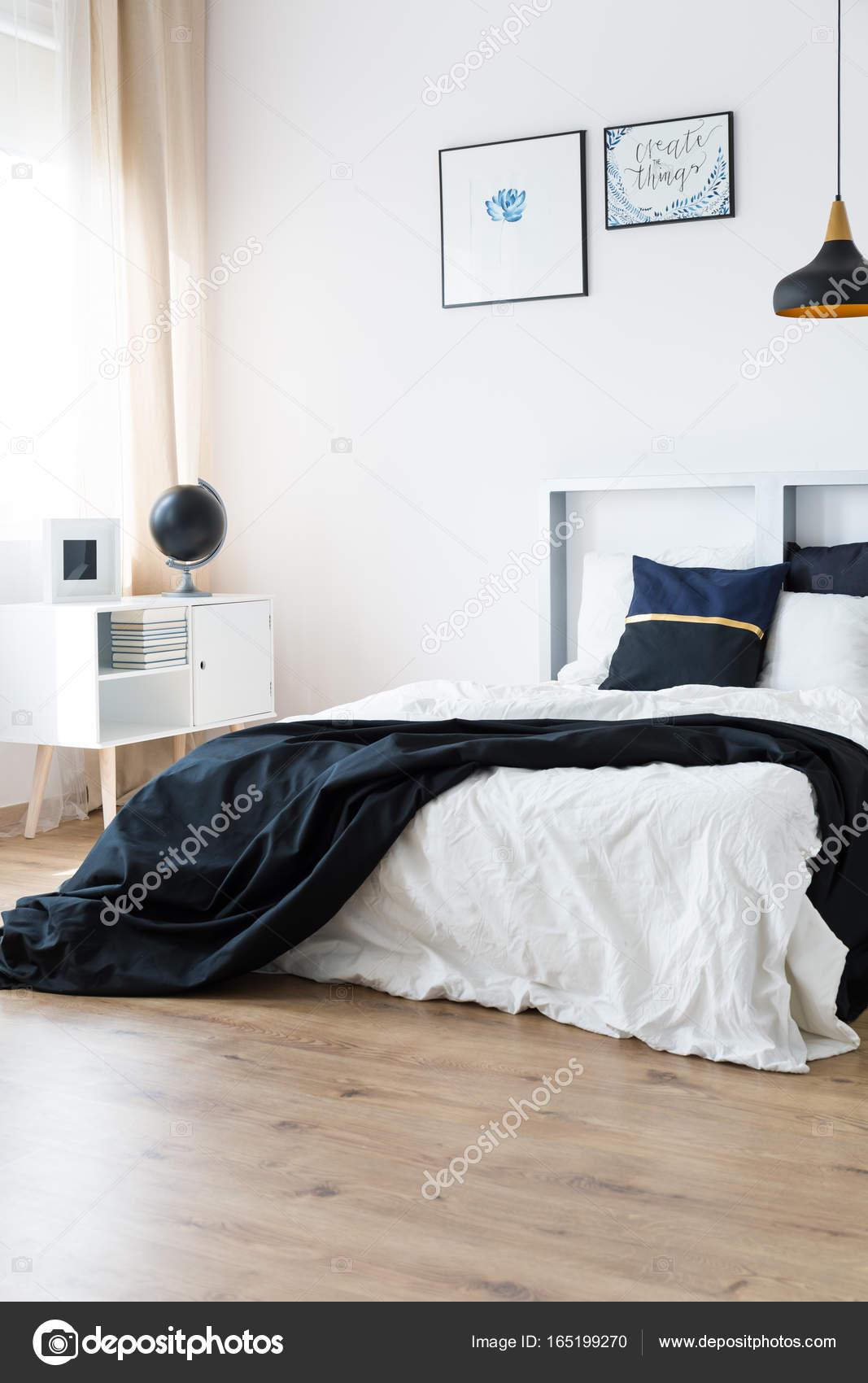 Harmonische Minimal Schlafzimmer Im Modernen Scandi Stil U2014 Foto Von  Photographee.eu