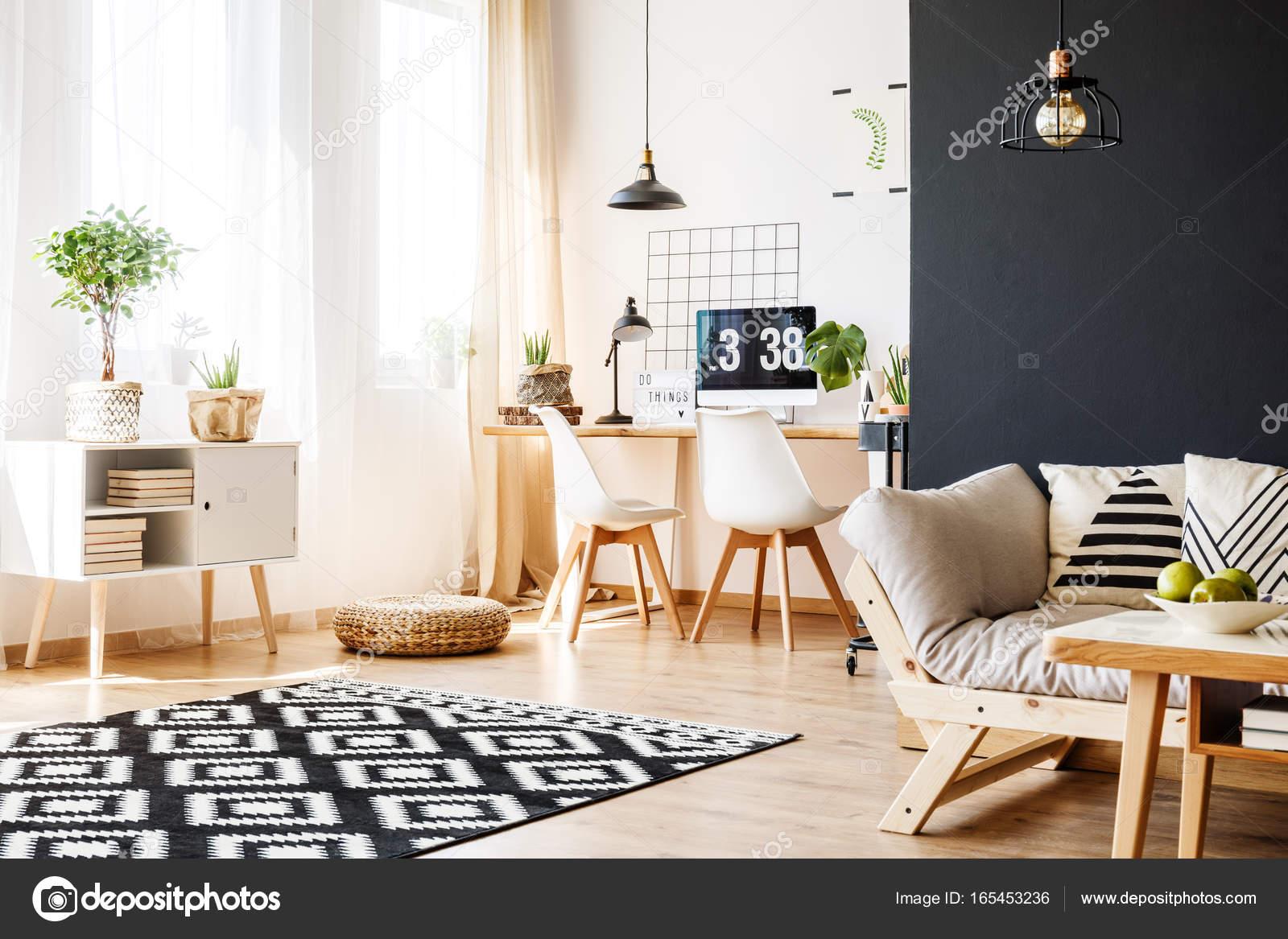 Studio di spazio con mobili scandinavi foto stock 165453236 - Mobili scandinavi ...