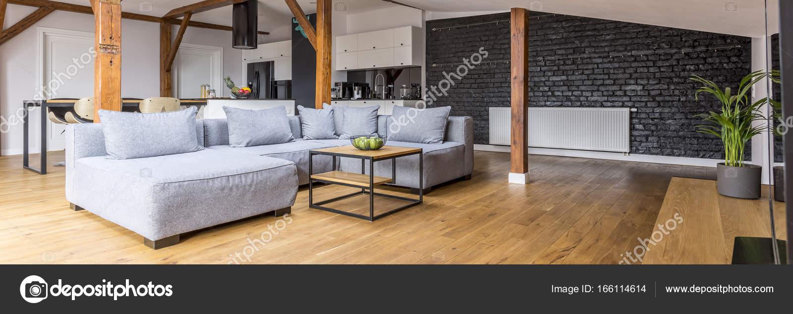 loft interieur mit schlichtem design bilder, modernes loft mit holzbalken — stockfoto © photographee.eu #166114614, Design ideen