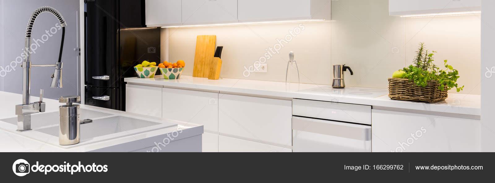 Cozinha Funcional Com Ilha Stock Photo Photographee Eu 166299762