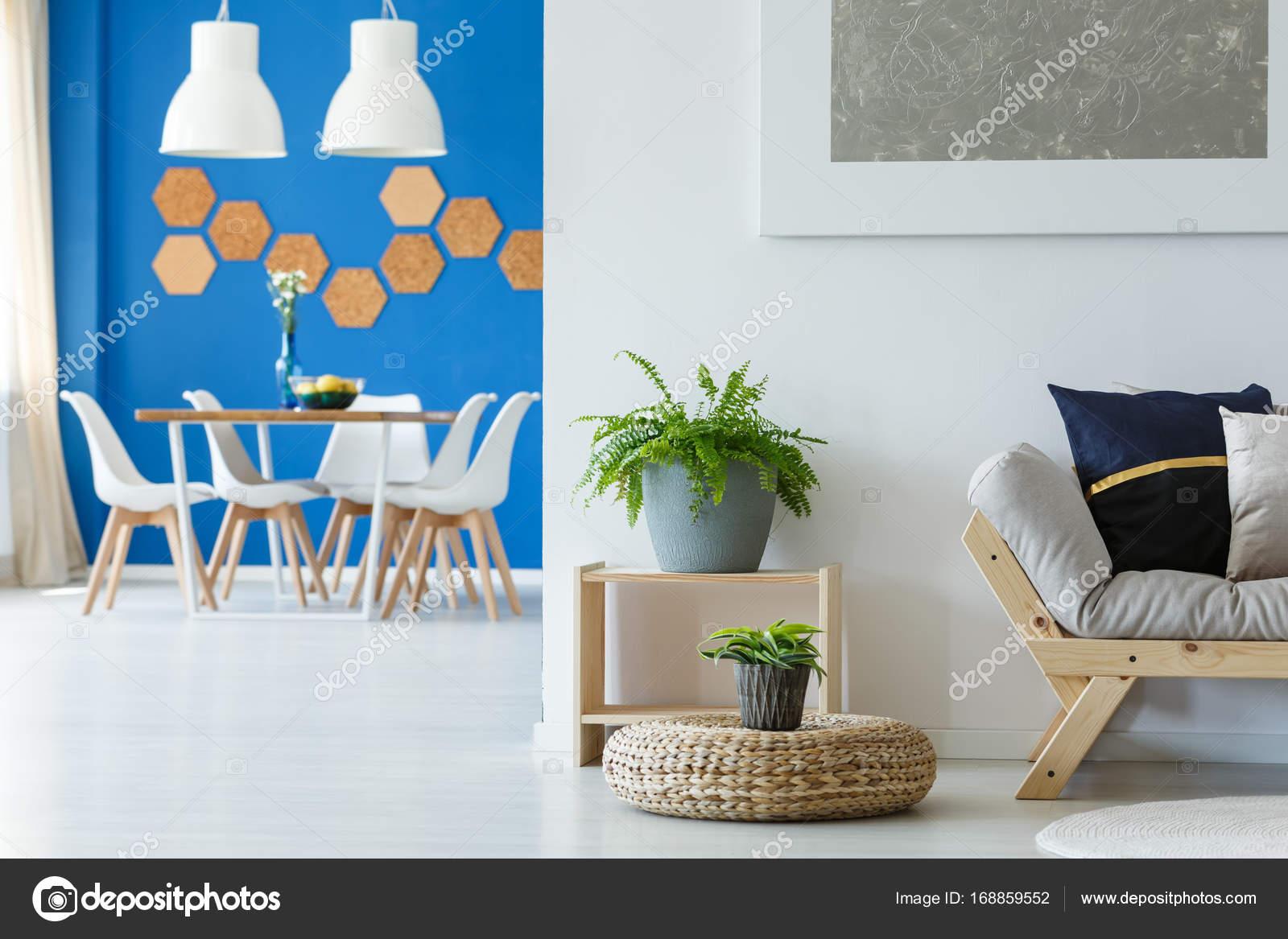Regeling van blauwe eetkamer u stockfoto photographee eu