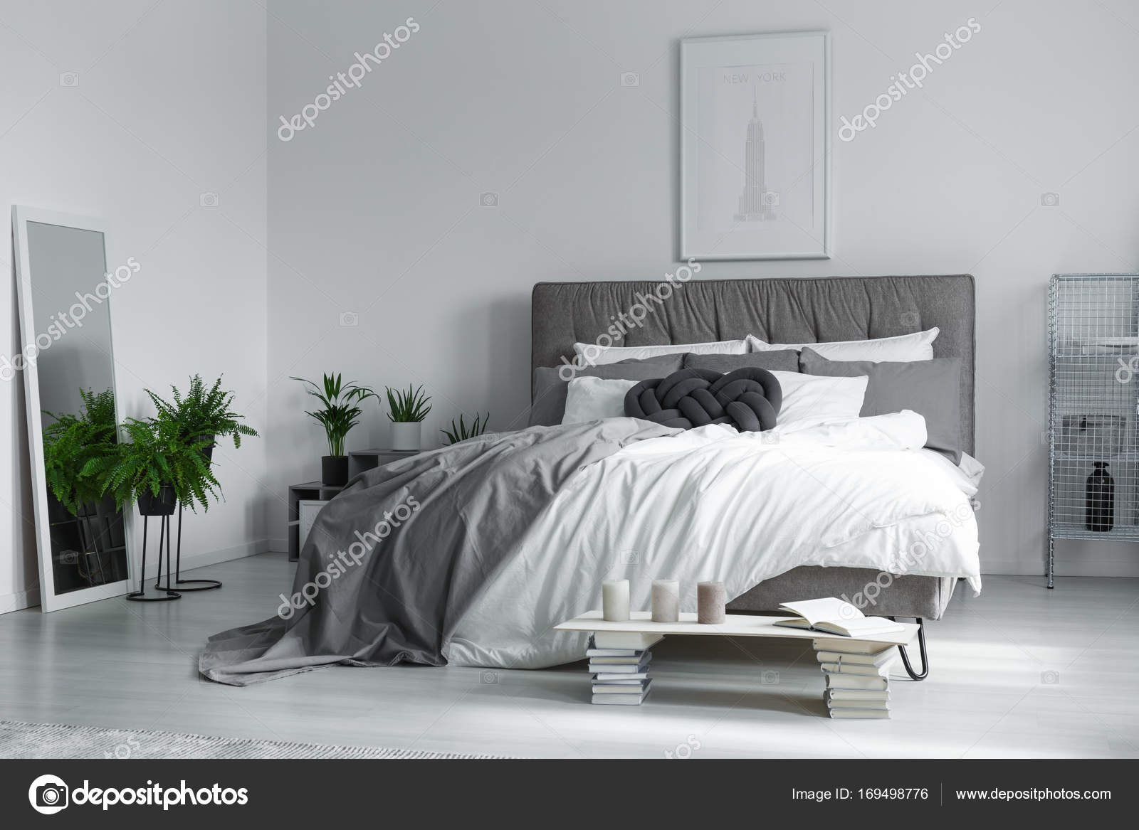 Elegant interieur van slaapkamer u stockfoto photographee