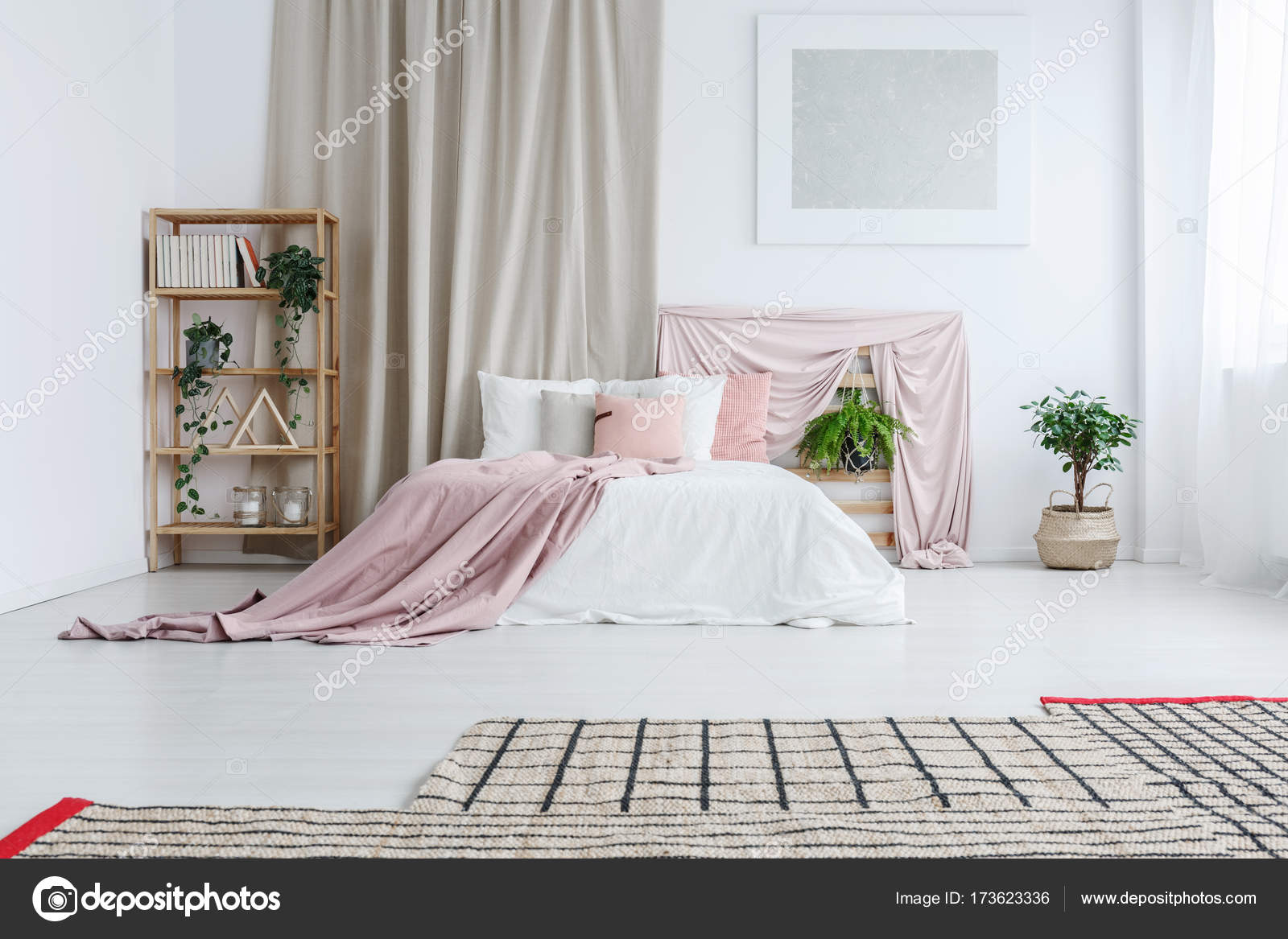 Kingsize Bett In Pastell Schlafzimmer U2014 Stockfoto