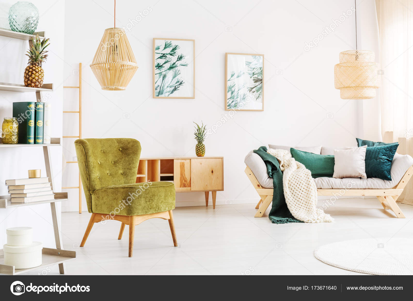 Rotan lampen in de woonkamer — Stockfoto © photographee.eu #173671640