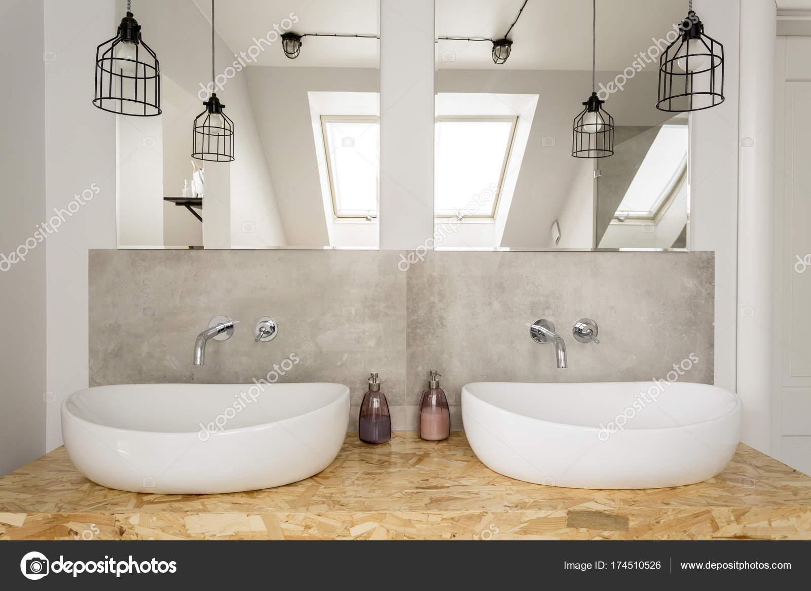 Van Boven Badkamers : Badkamer lamp voor boven spiegel te koop dehands be