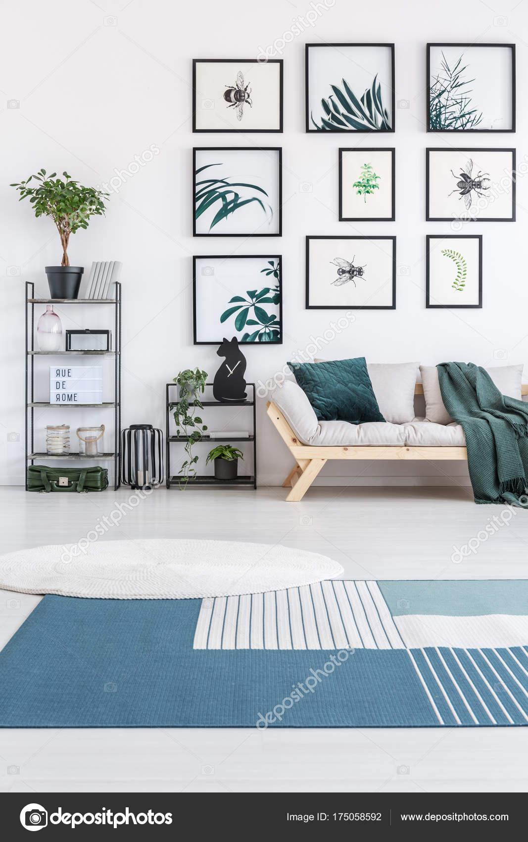 alfombra azul y blanca — foto de stock © photographee.eu #175058592