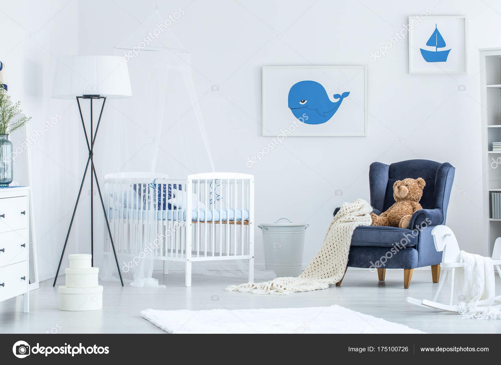 Wit en blauw baby s slaapkamer u stockfoto photographee eu