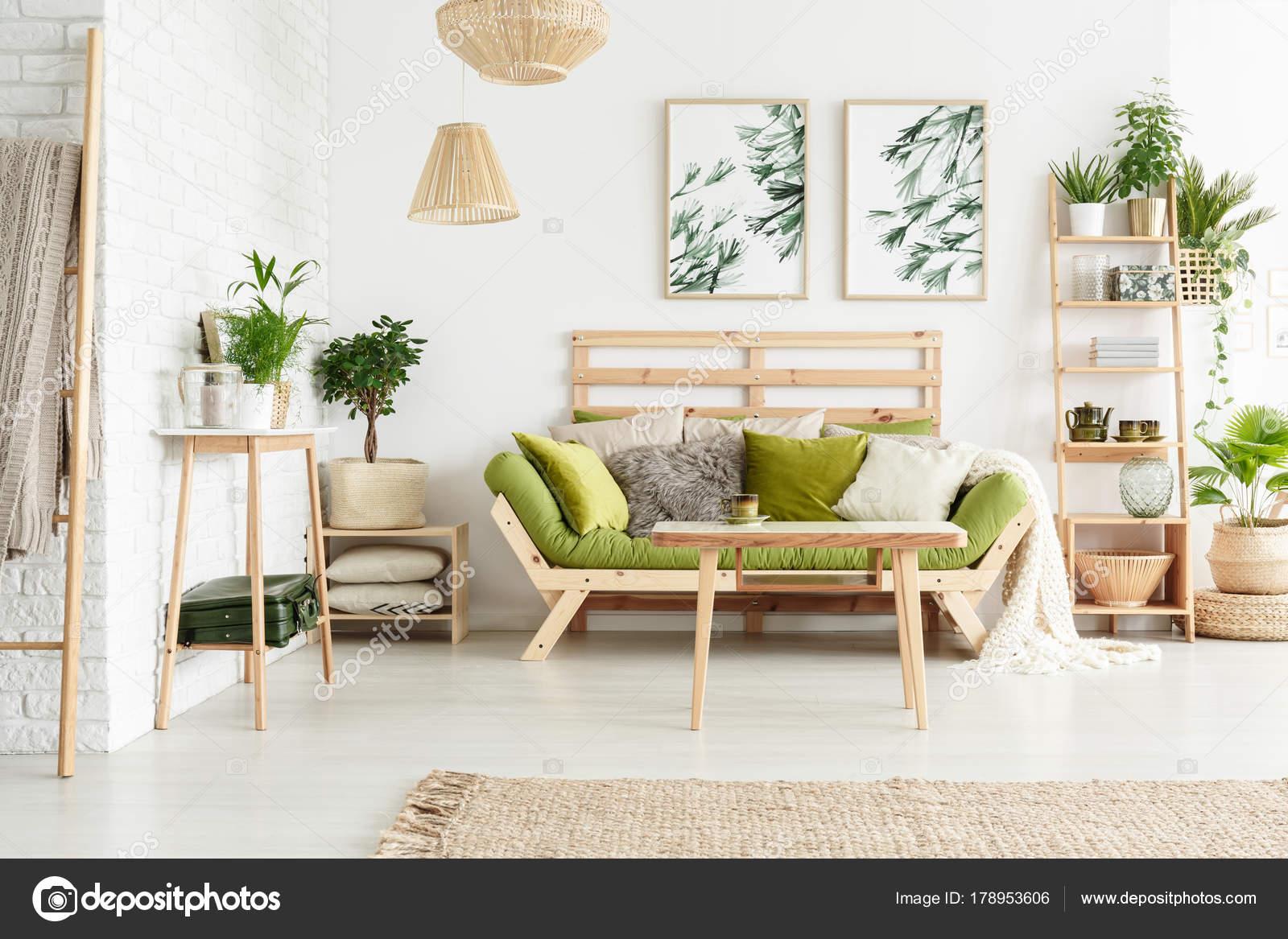 Faszinierend Sofa Wohnzimmer Sammlung Von Floral Mit — Stockfoto