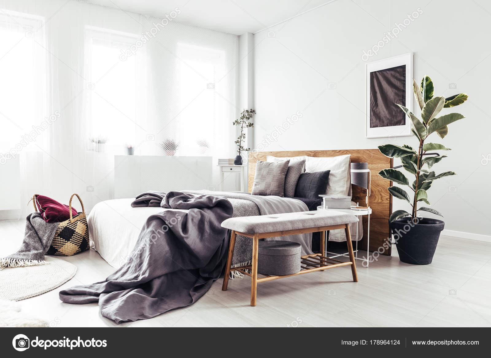 Houten Bankje Slaapkamer : Slaapkamer inrichting tips van de beste interieur gers en