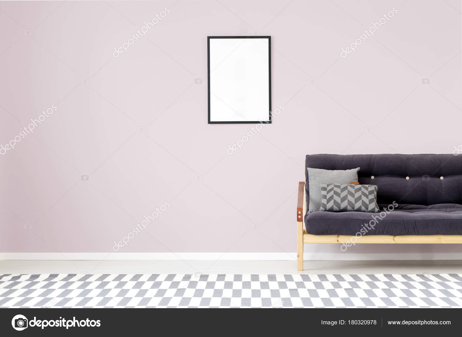 Mockup in salotto porpora u foto stock photographee eu