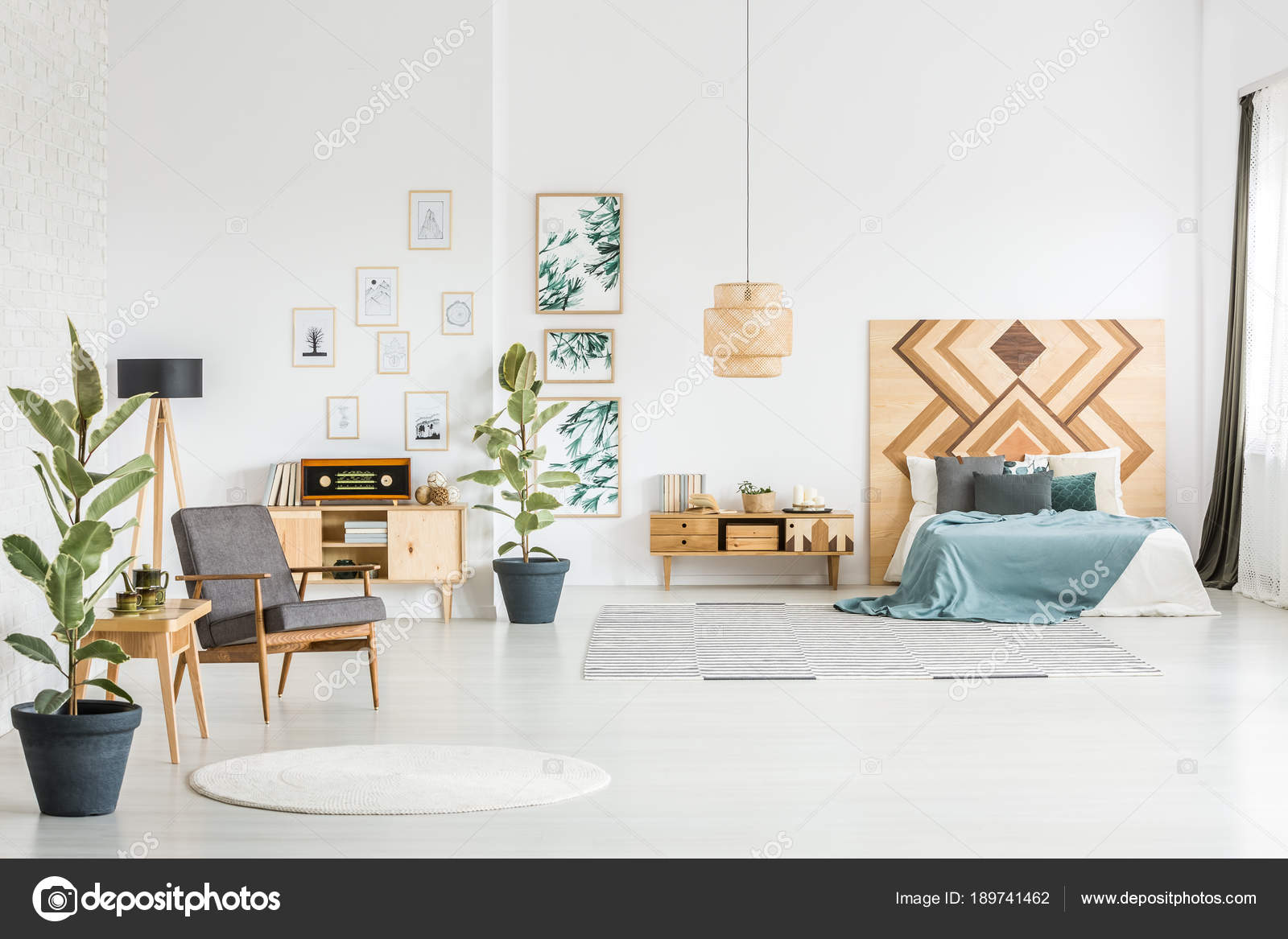 Vintage Schlafzimmer Innenraum — Stockfoto © photographee.eu #189741462