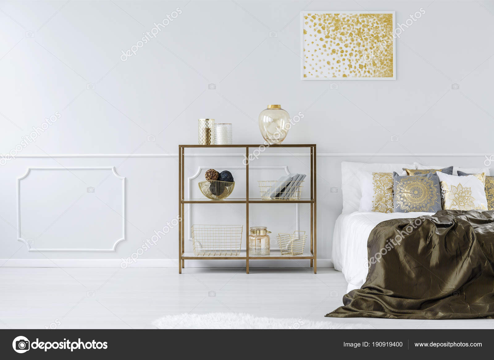 Goud en wit slaapkamer interieur u stockfoto photographee eu