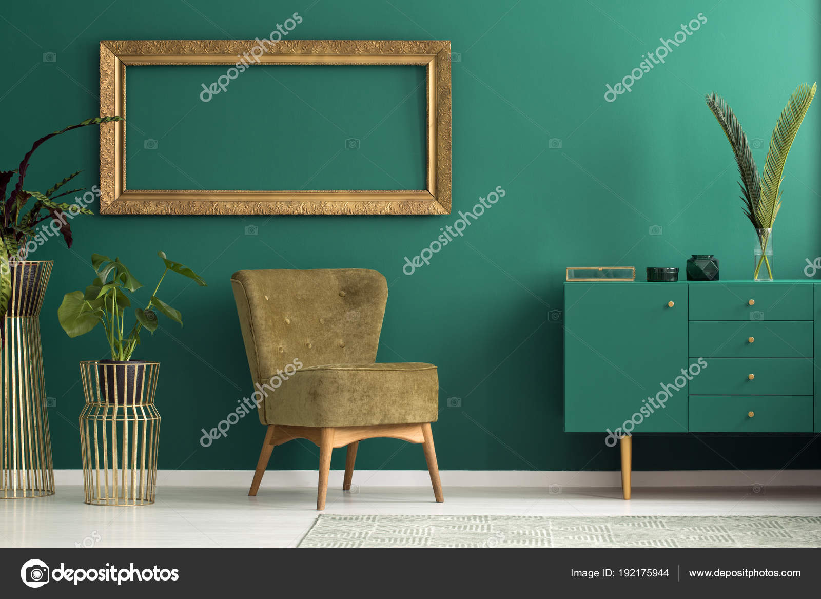 Petrol / Sideboard Im Luxuriösen Interieur U2014 Stockfoto