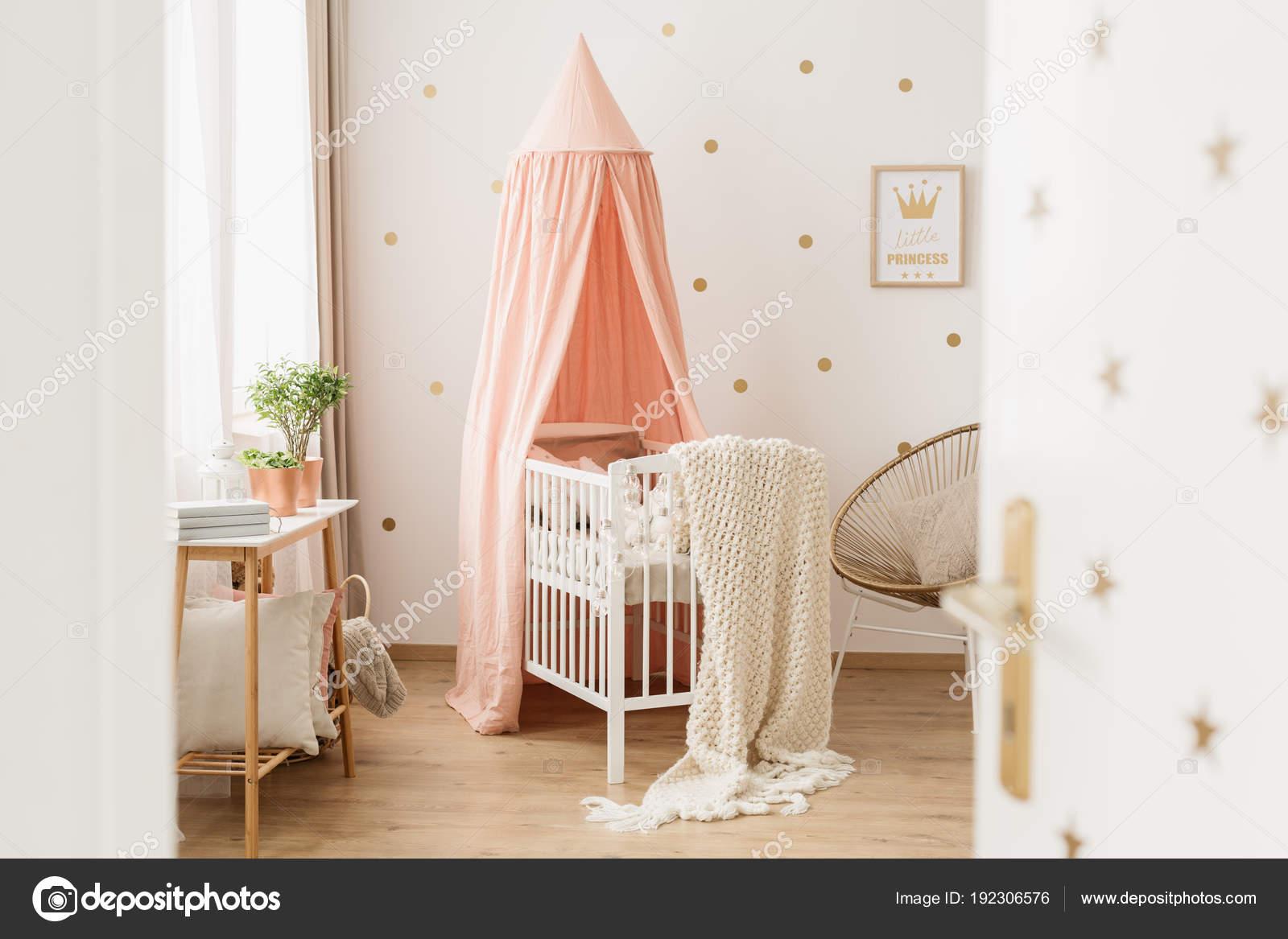 Behang Kinderkamer Roze : Roze muur kinderkamer: decoratie muur babykamer beste van babykamer
