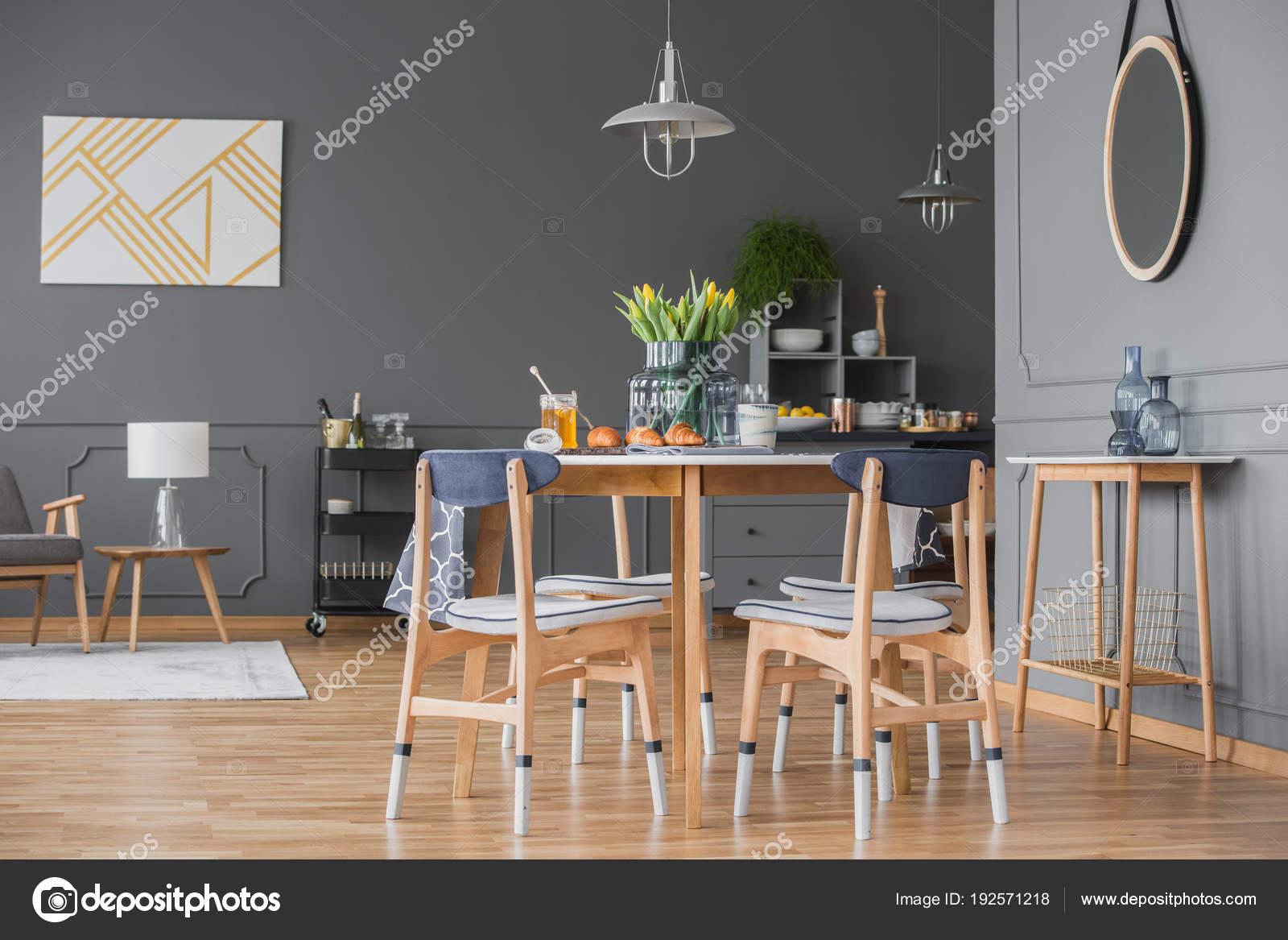 Eetkamer In Woonkamer : Open eetkamer en woonkamer u stockfoto photographee eu